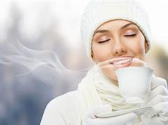 7 lợi ích của việc uống nước ấm vào buổi sáng