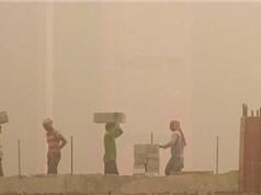 """Ấn Độ thử nghiệm """"súng chống sương"""" để giảm ô nhiễm"""