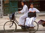 Hình ảnh để đời về phụ nữ Việt Nam thập niên 1990