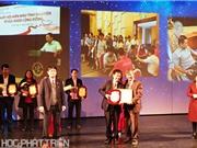 """Bộ Khoa học và Công nghệ nhận bằng khen tại Giải thưởng """"Giọt hồng"""""""