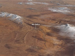 Tuyết rơi trên sa mạc Sahara nhìn từ vũ trụ