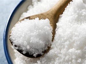 Ăn nhiều muối gây ảnh hưởng xấu đến não