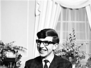 Stephen Hawking - những dấu mốc cuộc đời