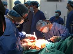 Việt Nam lần đầu tiên ghép phổi từ người cho chết não