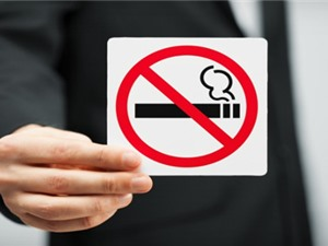 Hút thuốc có thể gây mất thính lực