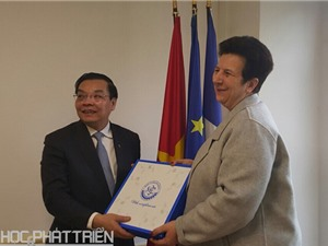 Hội đàm song phương Việt - Pháp về hợp tác KH&CN