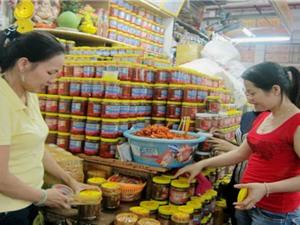 Chợ Hàn quản lý thực phẩm bằng dán tem QR code