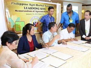 Trồng dược liệu kết hợp du lịch ở Phillipines