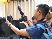 Pentax trình làng dòng máy ảnh chống rung bằng cảm biến