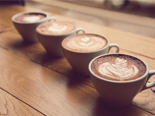 Uống bốn tách cà phê mỗi ngày giúp trái tim khỏe mạnh hơn
