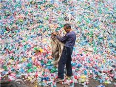 2030: Thế giới sẽ ngập trong 111 triệu tấn rác thải nhựa vì Trung Quốc cấm nhập khẩu rác