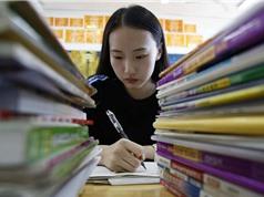 """Trung Quốc: Kỳ thi đại học """"mất thiêng"""""""