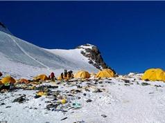 Đỉnh Everest trở thành bãi rác cao nhất thế giới