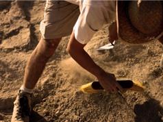 Сác nhà khảo cổ Israel tìm thấy trong hang những chiếc bình 2000 năm tuổi