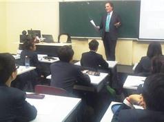 Nghịch lý công - tư trong giáo dục