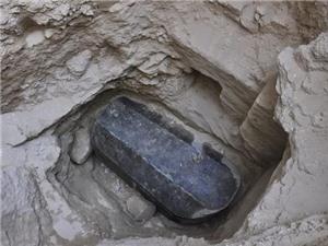 Ai Cập phát hiện một chiếc quách khổng lồ từ thời cổ đại