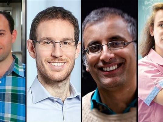 4 nhà toán học đoạt huy chương của giải thưởng Fields danh giá