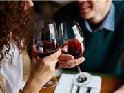 Nguy cơ mất trí tăng vì… hoàn toàn không uống rượu