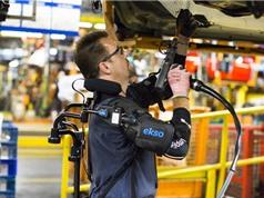 Ford hướng tới trang bị giáp trợ lực cho công nhân