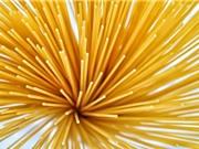 Các nhà khoa học vừa tìm ra cách thức hoàn hảo để... bẻ gãy sợi mì spaghetti