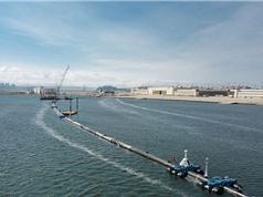 Triển khai thiết bị thu gom rác khổng lồ trên Thái Bình Dương