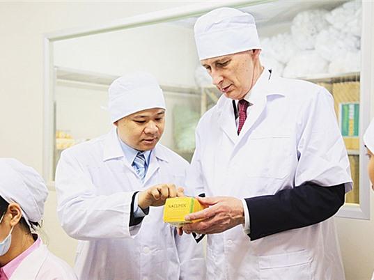 Anh cam kết tăng cường hợp tác khoa học với Việt Nam
