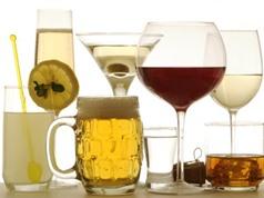Uống rượu, dù điều độ vẫn làm tăng nguy cơ tử vong