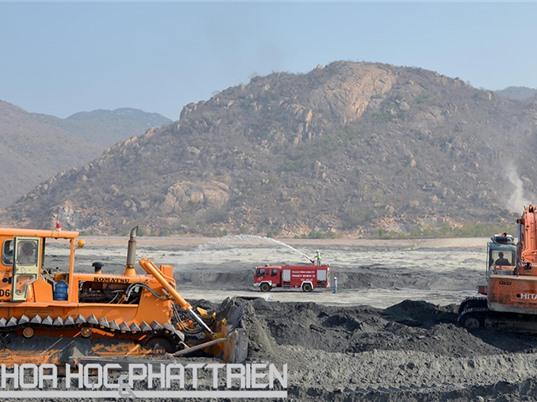 Xử lý tro xỉ của các nhà máy nhiệt điện chạy than