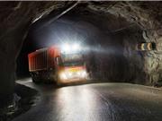 Nauy: Xe tải tự lái vận chuyển đá vôi trong hầm mỏ