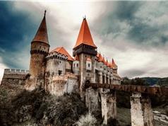 Có gì bên dưới nơi giam cầm Dracula?