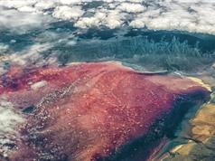 Natron: Hồ nước 'hóa đá' các sinh vật xấu số