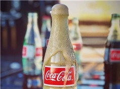 Đây là lý do khiến Coca-cola đóng chai thủy tinh chuẩn vị hơn hẳn lon nhôm hoặc chai nhựa