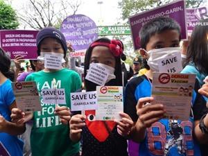 Tranh cãi vaccine ở Philippines: những hậu quả tai hại