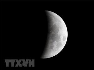 Mỹ đặt mục tiêu đưa người trở lại Mặt Trăng trong 5 năm tới