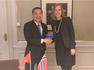 Việt Nam - Na Uy xem xét thúc đẩy dự án chung giữa các quỹ khoa học