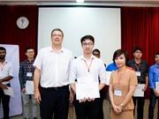 Sinh viên Bách khoa Hà Nội đại diện cho Việt Nam tại vòng chung kết Falling Walls Lab