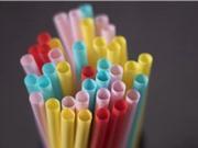 Canada cấm nhựa sử dụng một lần