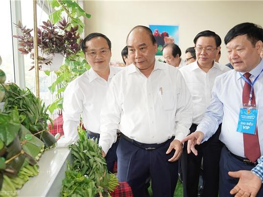 """Thủ tướng chủ trì Hội nghị phát triển vùng KTTĐ Bắc Bộ: Thay đổi tư duy """"số cộng phát triển"""""""