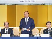 Thủ tướng đối thoại với các tập đoàn công nghệ hàng đầu Nhật Bản