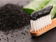 Tại sao dùng kem đánh răng chứa than hoạt tính lại lợi bất cập hại?