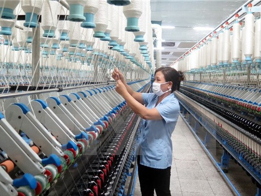 Tác động của CMCN4 tới dệt may Việt Nam