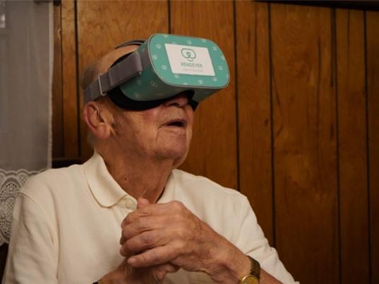 Thực tế ảo giúp người cao tuổi chống lão hóa và mất trí nhớ