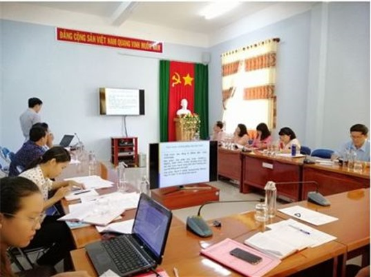 An Giang: Thử nghiệm giống dưa lưới trong nhà màng ứng dụng kỹ thuật tưới nhỏ giọt tại huyện An Phú