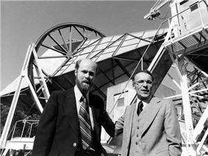 Bức xạ nền vũ trụ: Một phát hiện tình cờ