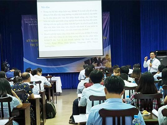 Tập huấn kỹ năng quản lý hoạt động KH-CN và quản trị tài chính
