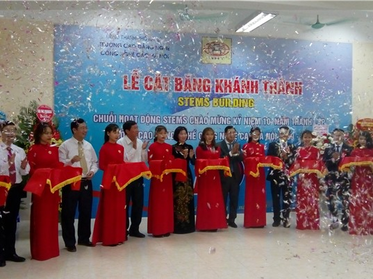 Trường Cao đẳng nghề Công nghệ cao Hà Nội khánh thành Trung tâm STEM