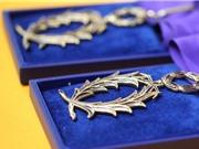 Hai giảng viên ĐHQG HN nhận Huân chương Hiệp sĩ Văn học và nghệ thuật và Hiệp sĩ Cành cọ hàn lâm Pháp