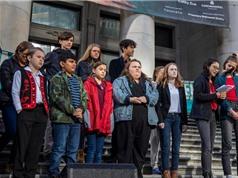 Trẻ em Canada kiện chính phủ về biến đổi khí hậu
