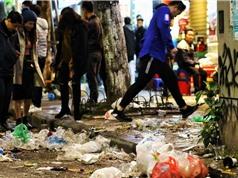 Quản lý rác thải nhựa ở Hà Nội: Chưa đủ nghiêm khắc