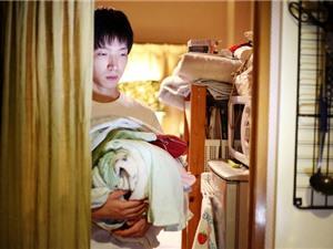 Mặt trái của xã hội tuyệt đối quy củ tại Nhật Bản: Văn hóa làm việc khốc liệt, một lần thất bại là cả đời giam mình trong bóng tối